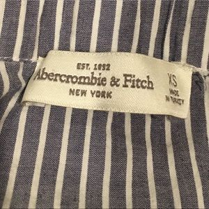Abercrombie & Fitch off-the shoulder shirt